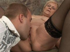 Old-time Beauty Sucks Cock & Gets Her Pussy Licked