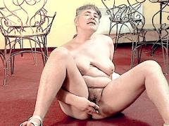 Horny Mature Plumper Toying With Cucumber Movies