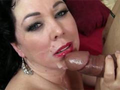 Old Plumper Gets Her Mouth Pumped Full Of Jizz