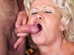 Horny Elderly Francesca Takes A Cock In Her Ripe Cunt And Opens Her Gob For