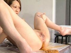 Ueda Misaki Asian Peeing And Sending Out All Of Her Nasty Crap