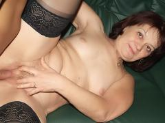 Granny Paula In Sexy Black Nylon Gets Her Bushy Pussy Drille...