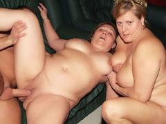 Anna And Yolanda Are Experienced Plumpers With Big Boobs Tak...