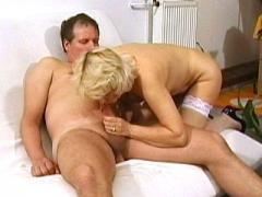 Blonde Older Chick Cock Pumping With Her Mouth