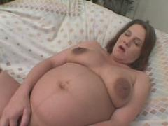 Sex Starved Brunette Preggo Fingering Herself Naked Wanted T...