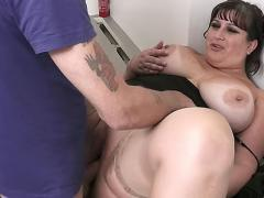 Cute Young BBW Hottie With Tan Lines Opens Thick Legs For Her Job Supervisor