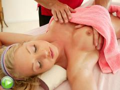 Hot Chick Loves A Massage With A Happy Ending